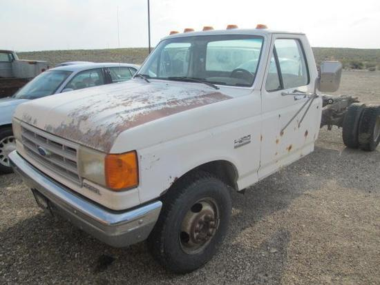 1990 FORD F350 CAB AND CHASSIS