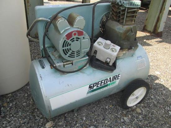 SPEEDAIRE PORTABLE AIR COMPRESSOR