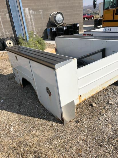 2004 FORD F250 UTILITY BED