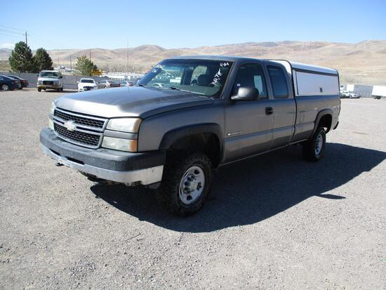 2006 MAKE CHEV MODEL 2500 HD PICKUP VIN 1GCHK29U96E212552 DESCRIPTION 4X4 EXTENDED CAB ODOMETER
