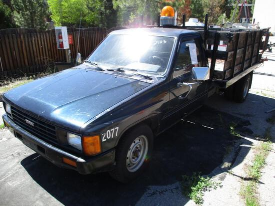 1986 MAKE TOYOTA MODEL STAKEBED PICKUP VIN JT5RN75T4G0005357 DESCRIPTION MANUAL TRANS 6' X 8' BED