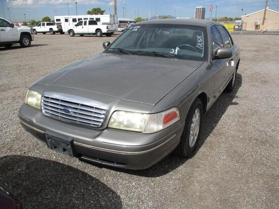 2003 FORD CROWN VIC LX
