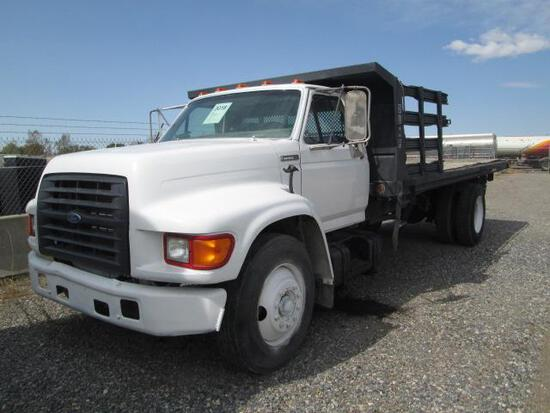1996 FORD F700 DUMPBED