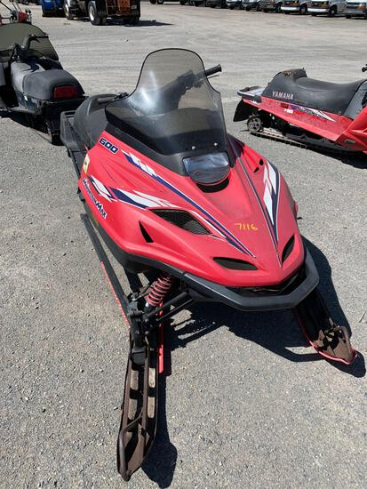 1997 YAMAHA SNOWMOBILE
