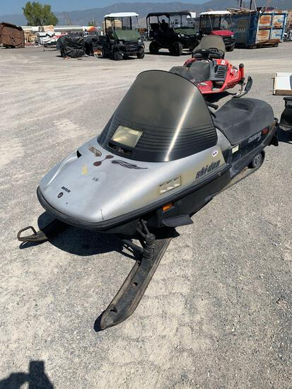 1990 SKIDOO SNOWMOBILE