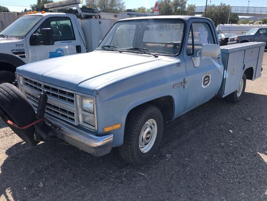 1986 Chevrolet C10 Pickup Truck, VIN # 1GCEC14H2GJ152935