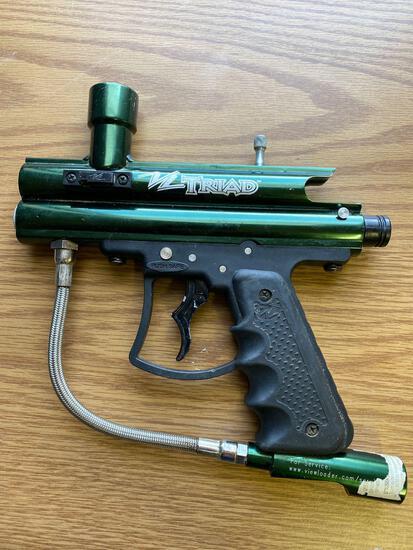 TRIAD PAINTBALL GUN