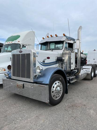 1986 PETERBILT CAB & CHASSIS