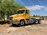 2000 FREIGHTLINER FC2 DAY CAB