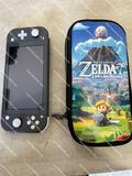 NINTENDO SWITCH LIGHT AND 4 GAMES