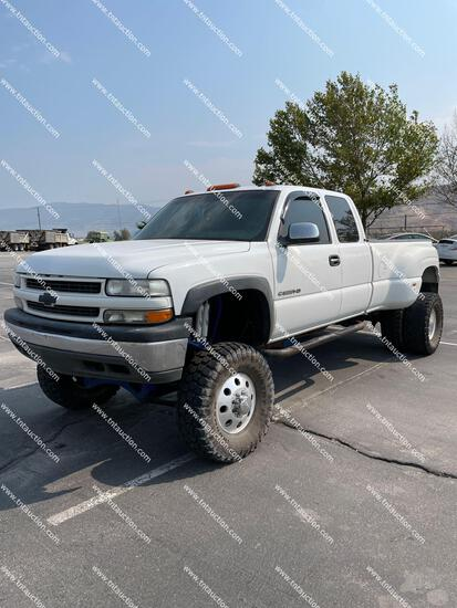 2002 CHEV 3500 4X4 RBLT
