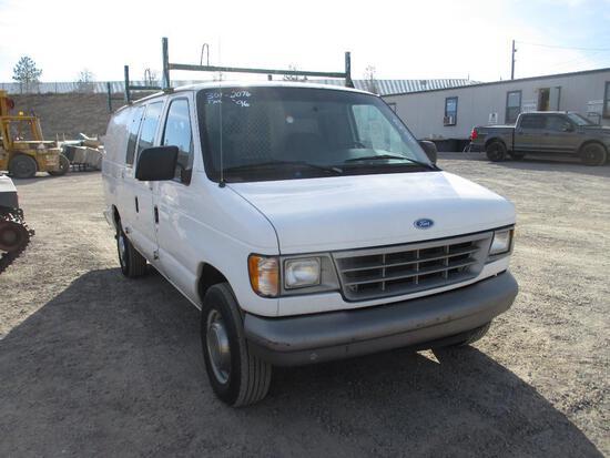1996 FORD E-250 CARGO VAN