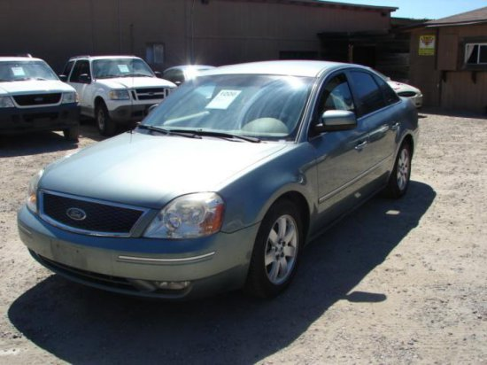 2005 FORD 500 SEL