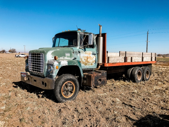1974 Ford 9000 10 Wheel Truck