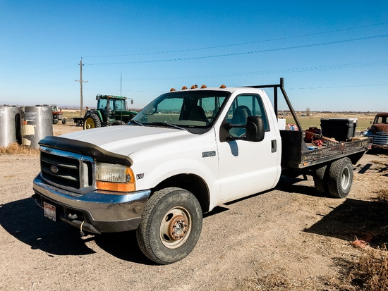 1999 Ford F350 Super Duty 4x4 Dually Pickup