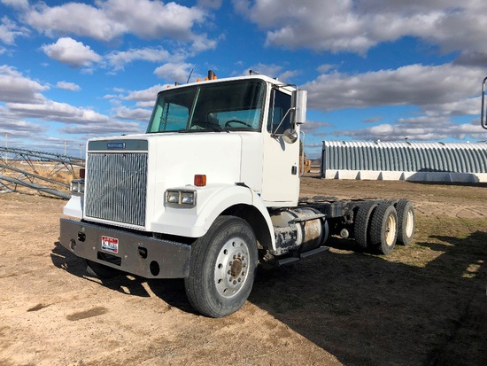1989 Volvo 10 Wheel Cab & Chassis Truck