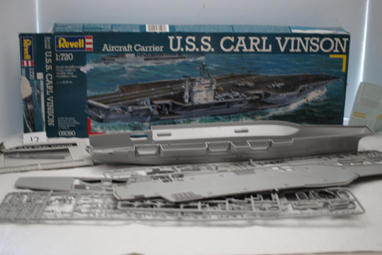 U.S.S. Carl Vinson Aircraft Carrier Plastic Model Kit, Revell, 1:720 Scale, 2002, Made In Italy