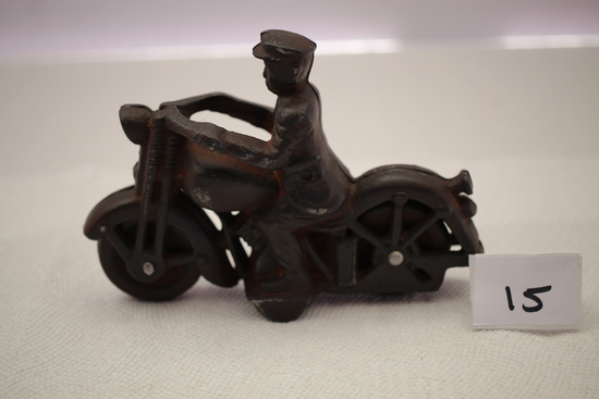 "Cast Iron Motorcycle & Rider, 6""L x 4""H"