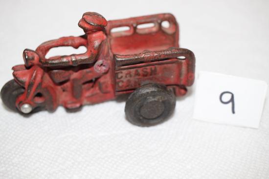 "Cast Iron Motorcycle Crash Car, 4 1/4"""