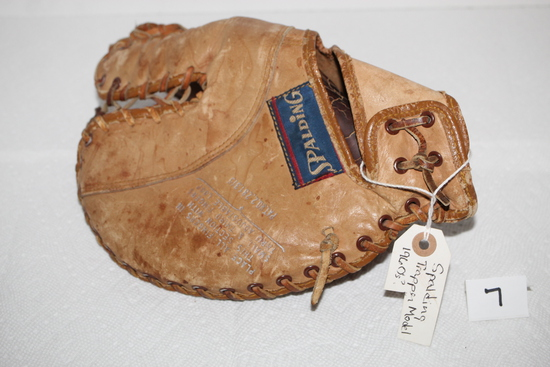 "Vintage Spaulding Baseball Glove, A ""Trapper"" Model, #1347, E-Z Flex, Writing inside hand strap"