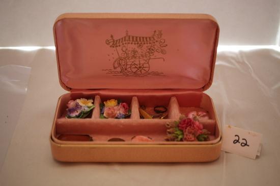 """Assorted Vintage Jewelry & Box, 7"""" x 4"""" x 1 1/2"""""""