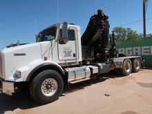 (2014) KENWORTH T800 FLATBED CRANE TRUCK