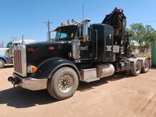 (2014) PETERBILT 367 FLATBED CRANE TRUCK
