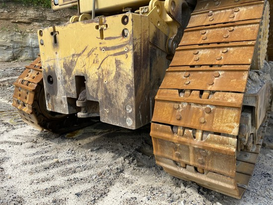 CATERPILLAR D11T DOZER, S/N: GEB00187, 40,086 HOURS SHOWING, CAT C32 DIESEL ENGINE, 32'' WIDE