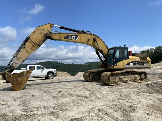CATERPILLAR 330D L EXCAVATOR, S/N: CAT0330DLMWP00588, 15,271 HOURS SHOWING, CAT REMAN C-9 DIESEL