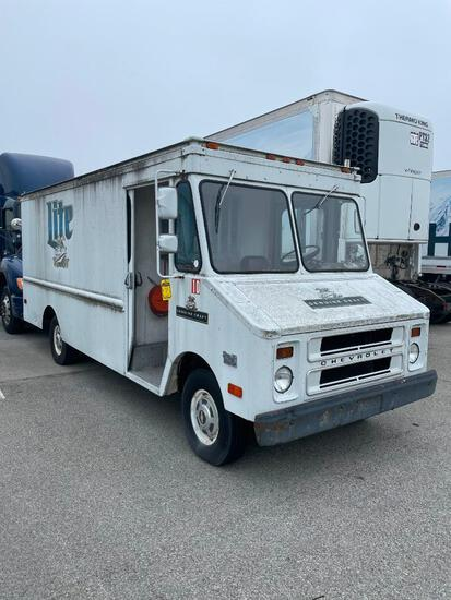 1980 CHEVROLET STEP VAN 30, WITH BEER TAPS AND COOLER, VIN CPT35A3308242, UNIT R5