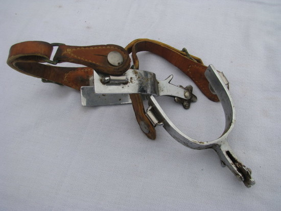Crocket Renalde Spurs with leather straps