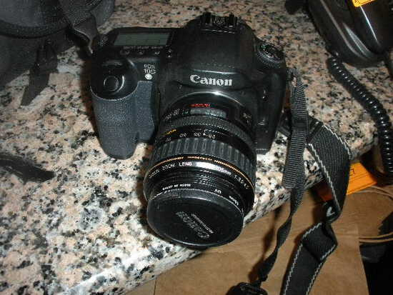 Canon EOS 100 Camera with 28-105mm lens