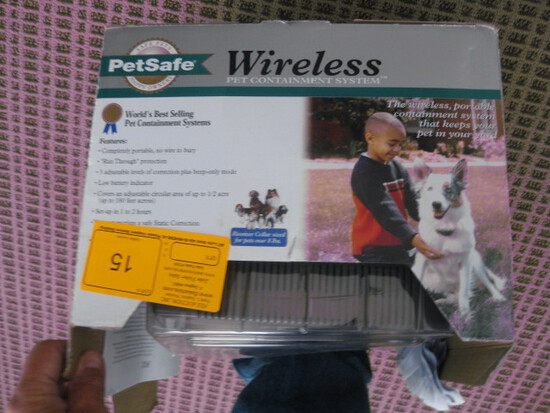 Wirless Dog Fence in Box