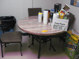 Kitchen Table with 3 Chairs and coffee makers Location Temple Texas