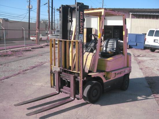 Hyster 35 Model H35XM Propane Forklift