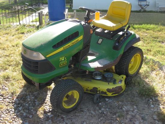 """John Deere Model LA130 Ridding Lawnmower 21 hp Gas 48"""""""
