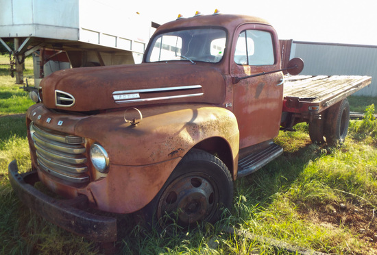 1949 Ford F-6 Truck