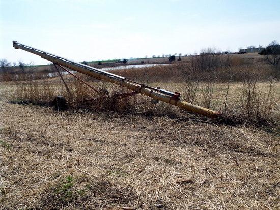 Westfield 8' x 41' grain auger, w/540 RPM PTO