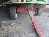18' flat bed wagon w/10 ton gear, float tires