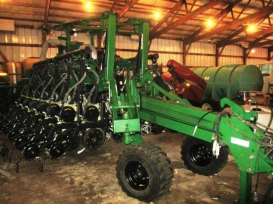 2013 Great Plains 1225A Yield Pro Planter