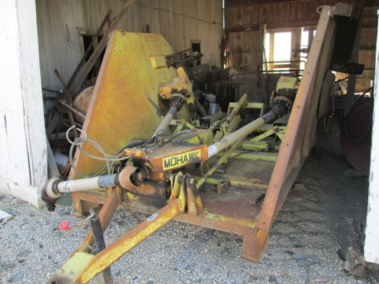 1988 Mohawk 15-0 (15') batwing mower, 6 solid rubber  tires, s.n. 1072