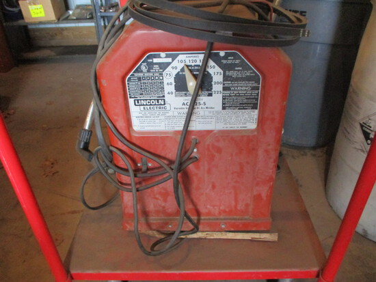 Lincoln 225-5 arc welder