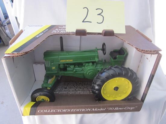 1953 JD 70 Row Crop Tractor-NIB-1:16