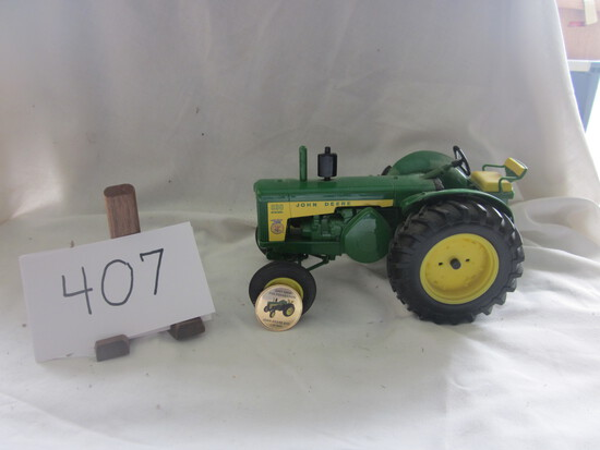 JD 830 Dsl tractor (no box)