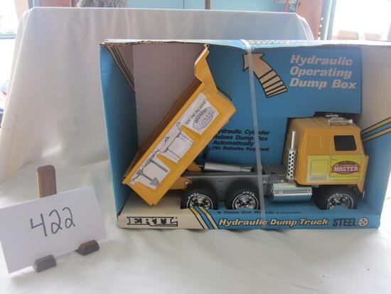 Ertl Hydraulic sump truck NIB