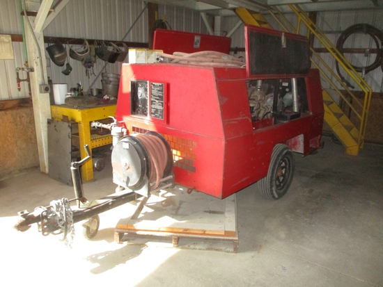 Sullivan D018506JDH pull type air compressor, JD dsl. motor, 1400 hrs.