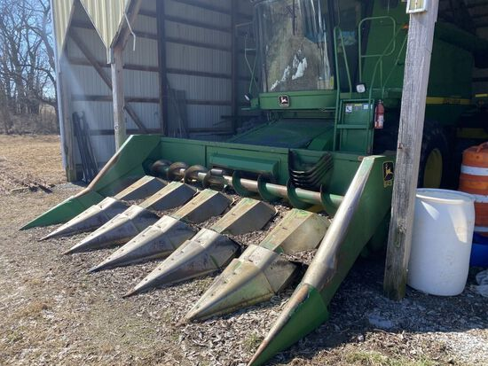 JD 643 corn head w/ auto height control