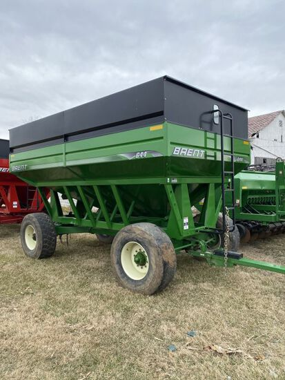 2011 Brent 644 (650 bu.) gravity wagon