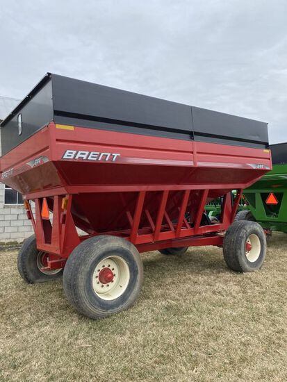 2006 Brent 644 (650 bu.) gravity wagon