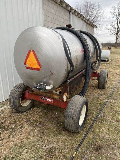 1000 gal. S.S. Nurse Tank, E-Z Trail running gear, transfer pump & hoses included